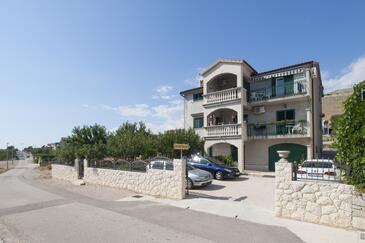 Grebaštica, Šibenik, Объект 11572 - Апартаменты с галечным пляжем.