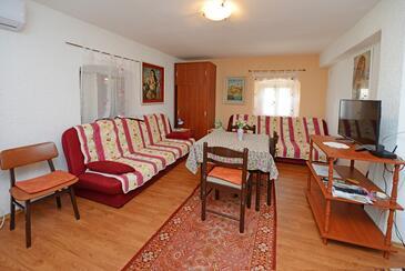 Višnjan, Living room in the apartment, WIFI.