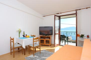 Podaca, Living room in the apartment, air condition available and WiFi.