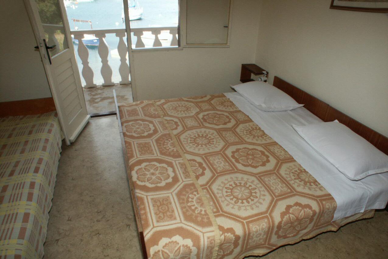Ferienwohnung im Ort Basina (Hvar), Kapazität 4+0 (1012635), Vrbanj, Insel Hvar, Dalmatien, Kroatien, Bild 4