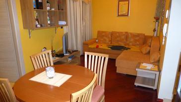 Stara Novalja, Obývací pokoj v ubytování typu apartment, domácí mazlíčci povoleni.
