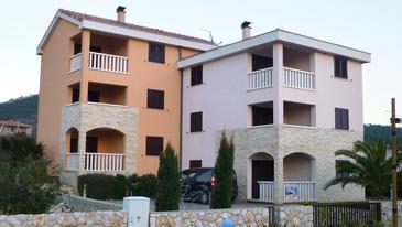 Stara Novalja, Pag, Objekt 11603 - Ubytování s oblázkovou pláží.