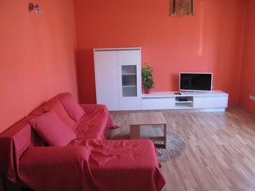 Palit, Living room in the apartment, dostupna klima i WIFI.