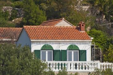 Puntinak, Brač, Property 11620 - Vacation Rentals near sea with pebble beach.