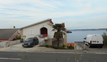 Kali, Ugljan, Property 11639 - Apartments by the sea.