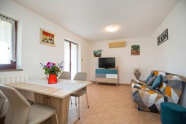 Presika, Jídelna v ubytování typu apartment, s klimatizací a WiFi.