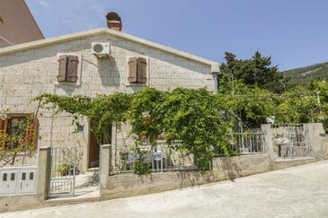 Komiža, Vis, Hébergement 11671 - Appartement à proximité de la mer avec une plage de galets.