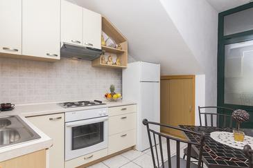 Brela, Kitchen in the apartment, WIFI.