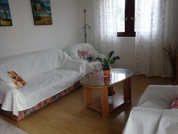 Zadar - Diklo, Obývací pokoj v ubytování typu house, s klimatizací, domácí mazlíčci povoleni a WiFi.