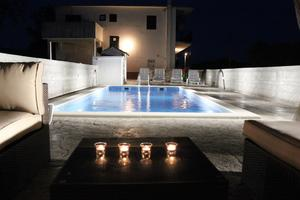 Apartments with a swimming pool Gustirna (Trogir) - 11703