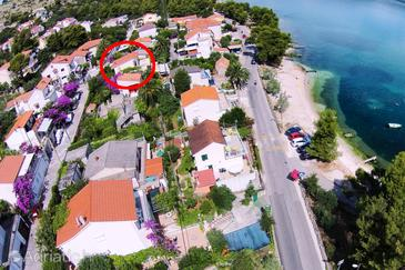 Mastrinka, Čiovo, Property 11720 - Apartments near sea with pebble beach.