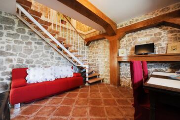 Zaton, Living room in the house, dostupna klima, dopusteni kucni ljubimci i WIFI.