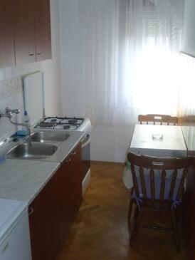 Zadar - Diklo, Kitchen in the studio-apartment, WIFI.