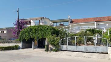 Poljica, Trogir, Property 11765 - Apartments by the sea.