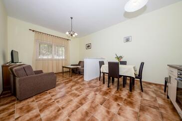 Supetarska Draga - Donja, Столовая в размещении типа apartment, Домашние животные допускаются и WiFi.
