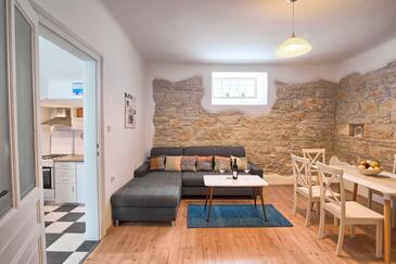 Pula, Obývací pokoj v ubytování typu house, s klimatizací, domácí mazlíčci povoleni a WiFi.