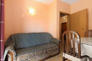Kaštel Štafilić, Jedáleň v ubytovacej jednotke apartment, dopusteni kucni ljubimci i WIFI.