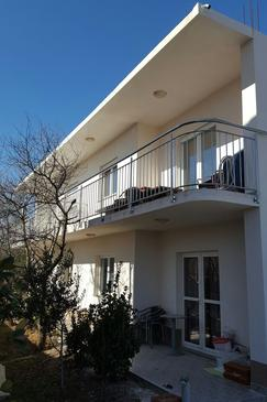 Kaštel Štafilić, Kaštela, Property 11776 - Apartments with pebble beach.