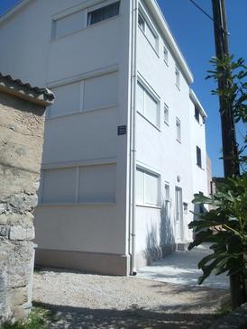 Pag, Pag, Property 11778 - Apartments near sea with pebble beach.