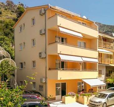 Podgora, Makarska, Property 11788 - Apartments with pebble beach.