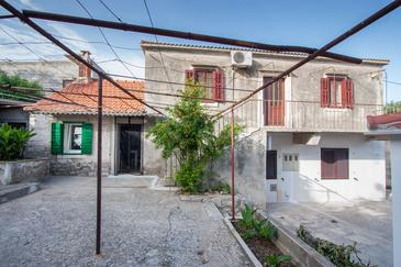 Novo Selo, Brač, Property 11796 - Vacation Rentals with pebble beach.