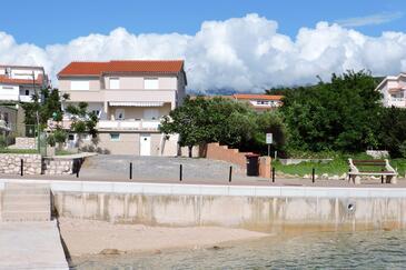 Barbat, Rab, Объект 11797 - Апартаменты вблизи моря с галечным пляжем.