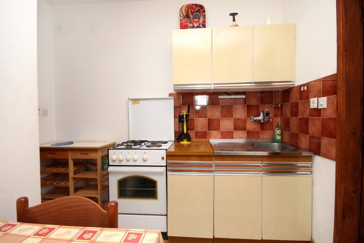 Ferienwohnung im Ort Mudri Dolac (Hvar), Kapazität 4+1 (1012639), Vrbanj, Insel Hvar, Dalmatien, Kroatien, Bild 4