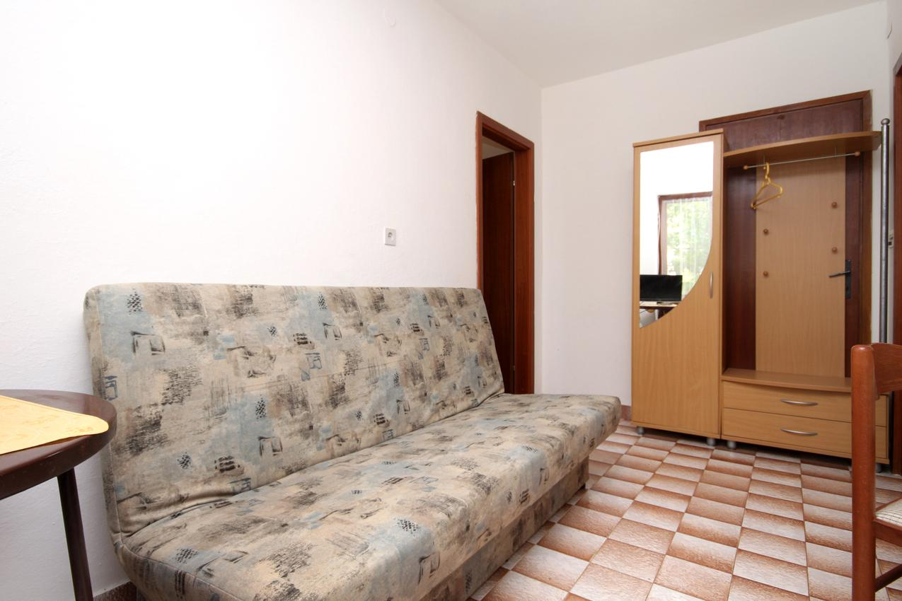 Ferienwohnung im Ort Mudri Dolac (Hvar), Kapazität 2+2 (1012640), Vrbanj, Insel Hvar, Dalmatien, Kroatien, Bild 4