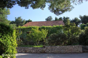 Mudri Dolac, Hvar, Property 118 - Apartments near sea with pebble beach.