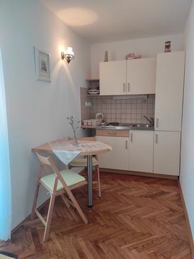 Banjol, Kuchyně v ubytování typu studio-apartment, WiFi.