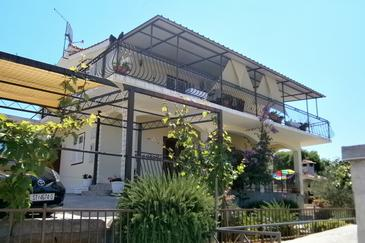 Kanica, Rogoznica, Property 11818 - Apartments with pebble beach.