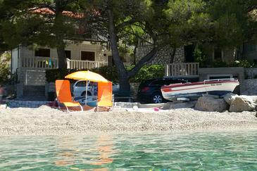 Brela, Makarska, Propiedad 11821 - Apartamentos near sea with pebble beach.