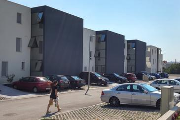 Podstrana, Split, Property 11831 - Apartments with pebble beach.