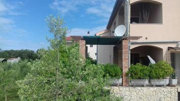 Pinezići, Krk, Property 11843 - Apartments with pebble beach.