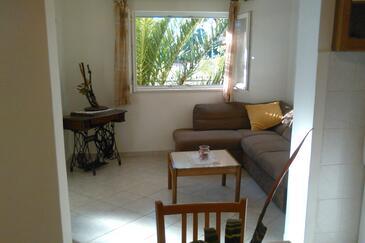 Sreser, Living room in the apartment, dostupna klima, dopusteni kucni ljubimci i WIFI.