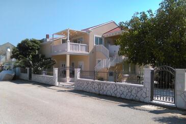 Sreser, Pelješac, Property 11854 - Apartments near sea with pebble beach.