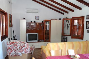 Bobovišća na Moru, Living room in the apartment, air condition available.