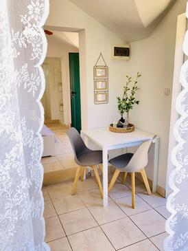 Postira, Dining room in the house, (pet friendly) and WiFi.