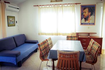 Podgora, Living room in the apartment, air condition available and WiFi.