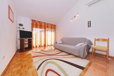 Božava, Obývacia izba v ubytovacej jednotke apartment, klimatizácia k dispozícii, domáci miláčikovia povolení a WiFi.