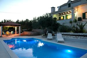 Holiday house with a swimming pool Plano, Trogir - 11897