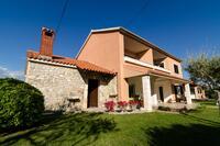 Апартаменты с парковкой Nin (Zadar) - 11900
