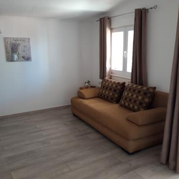 Neviđane, Living room in the apartment, air condition available, (pet friendly) and WiFi.