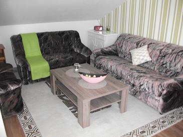 Ražine, Obývací pokoj v ubytování typu apartment, WiFi.