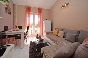 Orebić, Obývacia izba v ubytovacej jednotke apartment, dopusteni kucni ljubimci i WIFI.