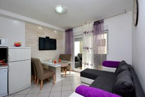 Holiday apartments Podstrana, Split - 12045