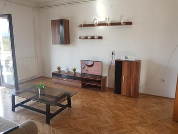 Vrbovica, Living room in the apartment, (pet friendly) and WiFi.