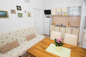 Žuljana, Jídelna v ubytování typu apartment, dopusteni kucni ljubimci i WIFI.