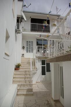 Makarska, Makarska, Objekt 12063 - Apartmaji s prodnato plažo.