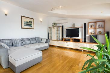 Kaštel Kambelovac, Pokój dzienny w zakwaterowaniu typu apartment, Dostępna klimatyzacja i WiFi.
